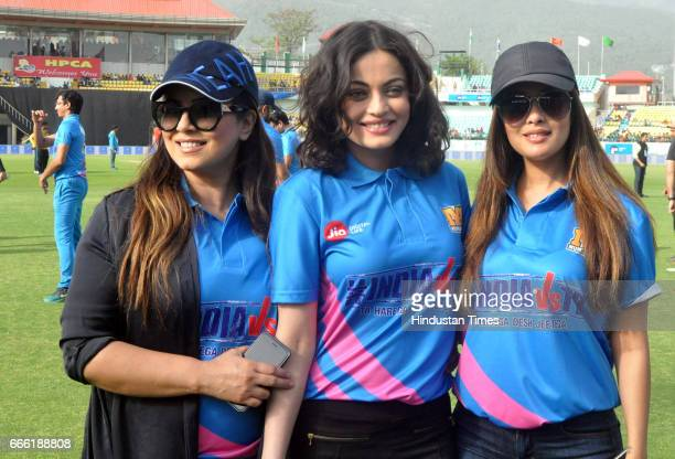 Bollywood actors Sneha Ullal Mahima Chaudhary and Riya Sen take a selfie before starting the friendly match for TB campaign to create awareness about...
