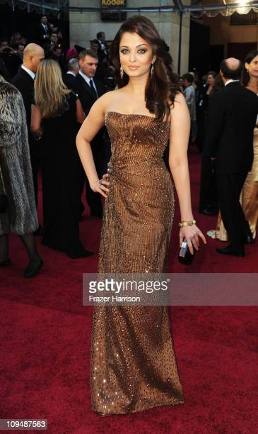 Bollywood actress Aishwarya Rai Bachchan arrives at the 83rd Annual Academy Awards held at the Kodak Theatre on February 27 2011 in Hollywood...