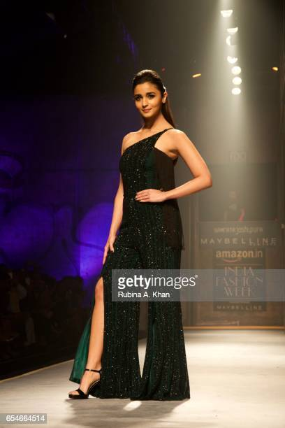 Bollywood actress Alia Bhatt walks for Namrata Joshipura on day three at Jawaharlal Nehru Stadium on March 17 2017 in New Delhi India