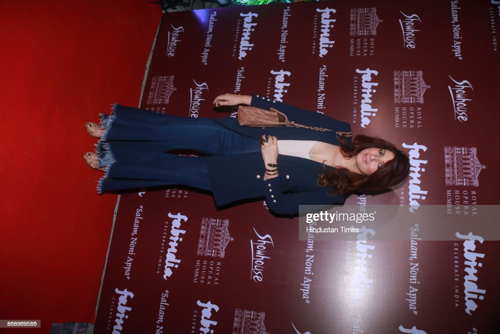 Bollywood actress and writer Twinkle Khanna spotted during preview of play Salaam Noni Appa at the Royal Opera House Girgaon on October 28 2017 in...