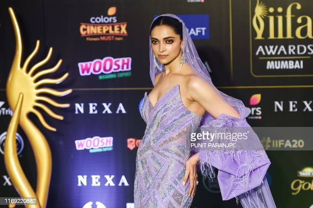 Bollywood actress Deepika Padukone poses a the 20th International Indian Film Academy Awards at NSCI Dome in Mumbai early on September 19, 2019.