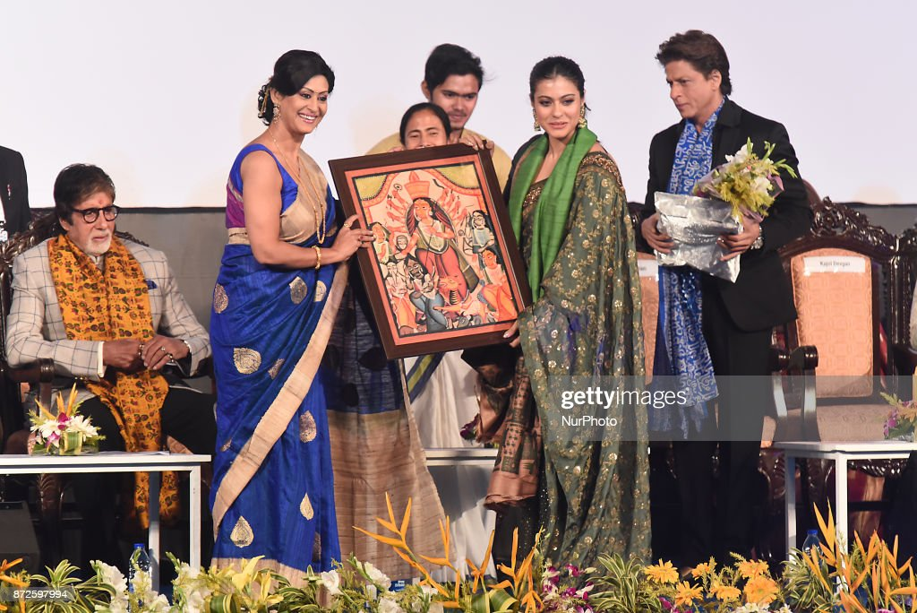 Bollywood Actress Indrani Halder felicitate to Actress Kajol at the Inauguration Ceremony 23rd Kolkata International Film Festival on November 102017.