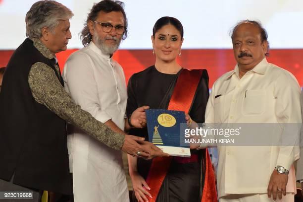 Bollywood actress Kareena Kapoor Khan poses for a picture with Bollywood Director Rakeysh Omprakash Mehra Karnataka minister Roshan Baig and Kannada...