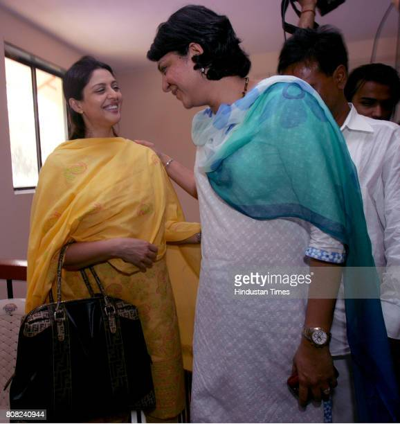 Bollywood actress Nagma who may contest from NorthEast as Congress candidate along with Priya Dutt who is contesting from Northwest meeting at Tilak...