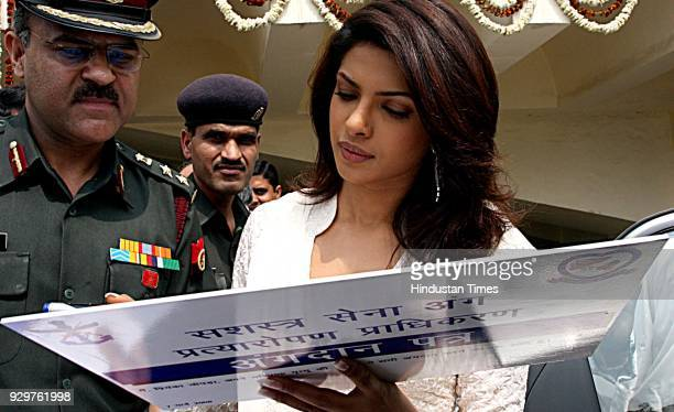 Bollywood actress Priyanka Chopra pledges her organs during the annual conference of the India National Association for Study of Liver in New Delhi