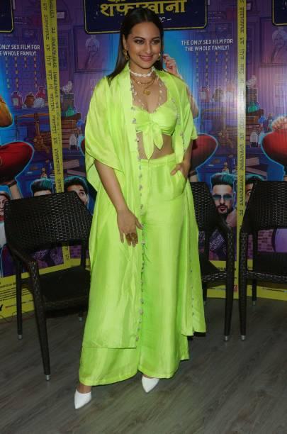 IND: Mumbai Bollywood Celebrity Sighting