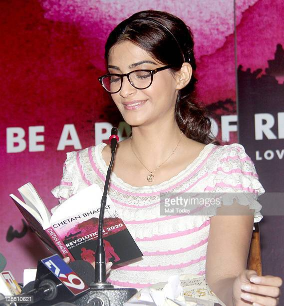 Bollywood actress Sonam Kapoor at author Chetan Bhagat's book launch at Inorbit Mall in Mumbai