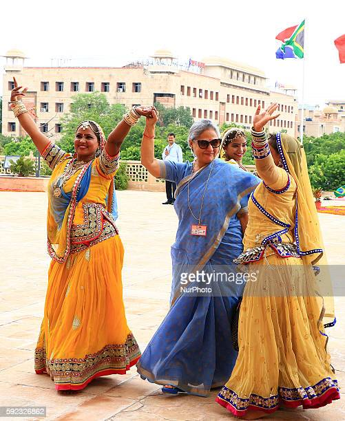 Bollywood actress turned into politician Jaya Bachchan being welcomed as she arrive to attend BRICS 2016 Women Parliamentarians Meeting at Rajasthan...