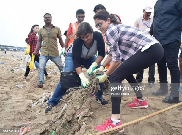 Bollywood film actress Anushka Sharma cleans Versova beach for Swachh Bharat campaign at versova beach in Mumbai