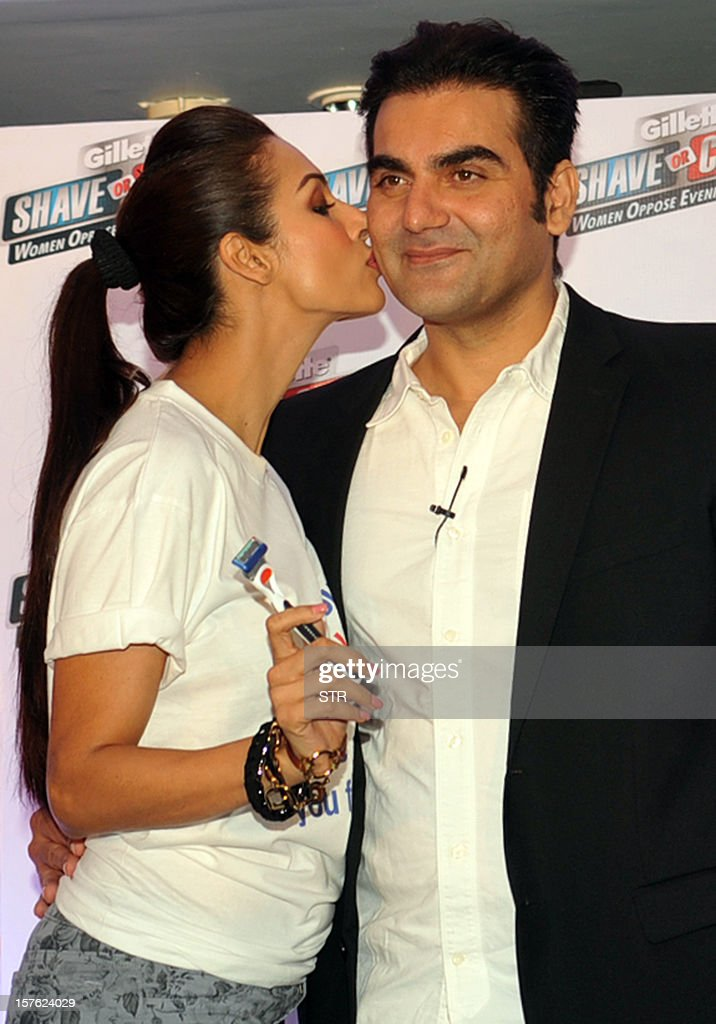 Malaika Arora Khan Kissing