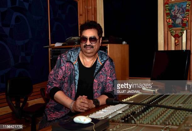 Kumar Sanu Pictures and Photos - Getty Images