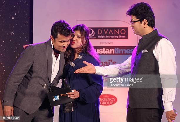 Bollywood playback singers Sonu Nigam Alka Yagnik and Screenwriter Prasoon Joshi during the Hindustan Times Mumbai's Most Stylish Awards 2015 at JW...