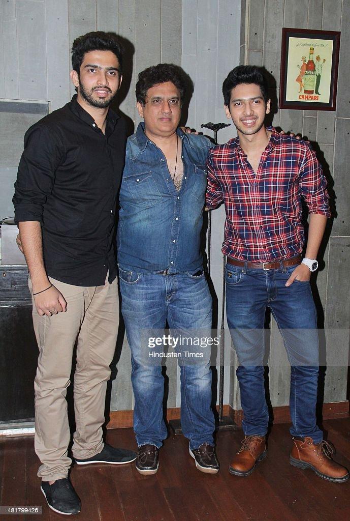 Bollywood singer Armaan Malik with father Daboo Malika and ...