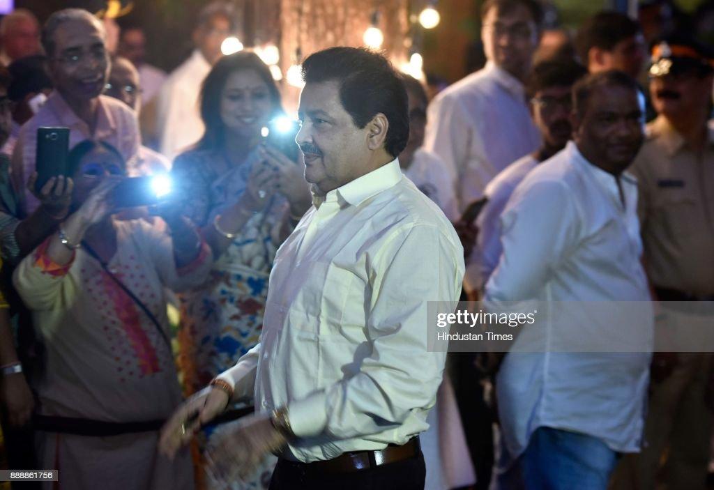 Singer udit narayan pictures of wedding