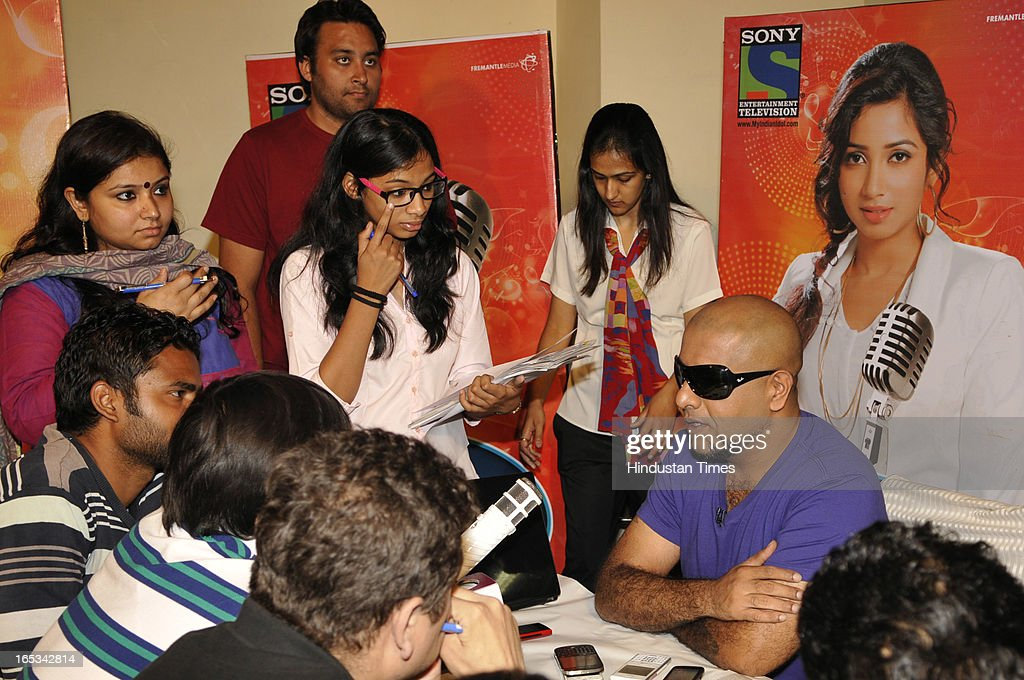 Bollywood singers Vishal Dadlani and Shekhar Ravjiani pose for the photographs before interacting with media after the auditions of the Indian Idol Junior at Expo Centre Sector 62 on April 3, 2013 in Noida, India. The awesome trio were thrilled by the phenomenal response to the audition. Enthusiastic people were seen queuing up for their claim to fame from the wee hours of the morning.