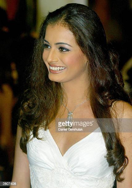 Bollywood star Diya Mirza arrives during the Inaugural MTV IMMIES at the Goregaon Sports Club December 12, 2003 in Mumbai, India.