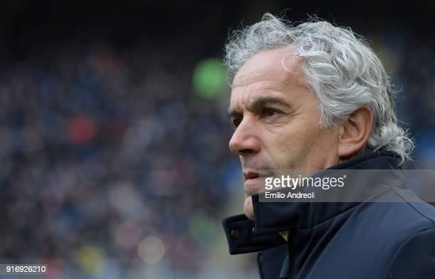 Bologna FC coach Roberto Donadoni looks on before the serie A match between FC Internazionale and Bologna FC at Stadio Giuseppe Meazza on February 11...