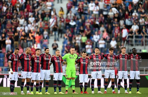 Bologna FC team line up during the Serie A match between Bologna FC v Genoa CFC at Stadio Renato Dall'Ara on September 21, 2021 in Bologna, Italy.