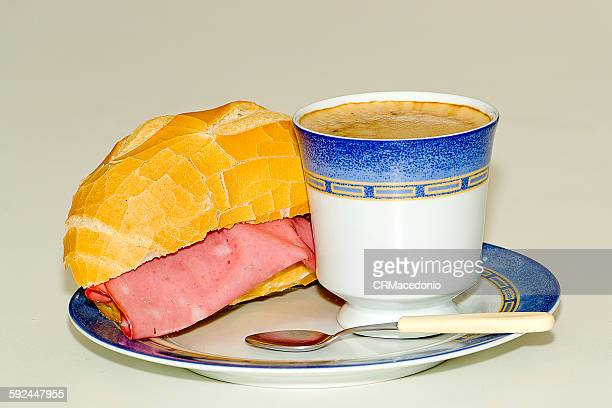 bologna sandwich and a cup of coffee. - crmacedonio stock-fotos und bilder