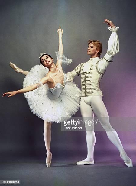 Bolshoi Ballet dancers Nina Ananiashvili and Andris Liepa, July 1987.