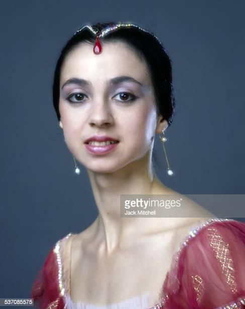 Bolshoi Ballet dances Nina Anaiashvili photographed in 1987.