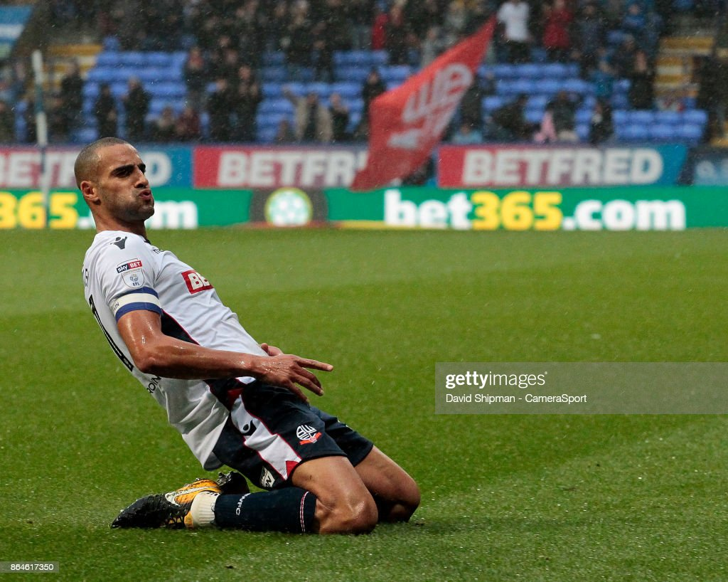 Bolton Wanderers' Darren Pratley celebrates scoring his side's first goal during the Sky Bet Championship match between Bolton Wanderers and Queens Park Rangers at Macron Stadium on October 21, 2017 in Bolton, England.