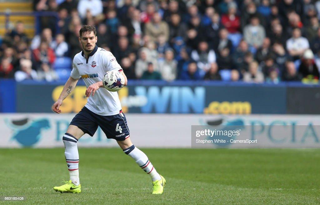 Bolton Wanderers v Chesterfield - Sky Bet League One
