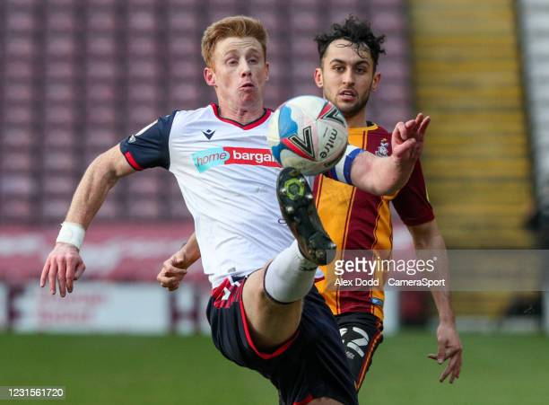 Bolton Wanderers' Eoin Doyle controls the ball during the Sky Bet League Two match between Bradford City and Bolton Wanderers at Northern Commercials...