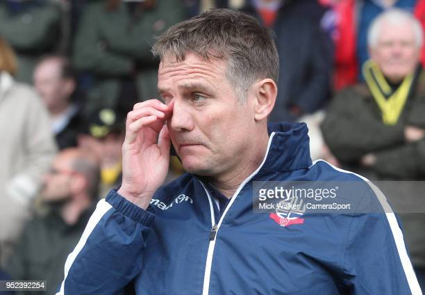Bolton Wanderers Manager Phil Parkinson during the Sky Bet Championship match between Burton Albion and Bolton Wanderers at Pirelli Stadium on April...