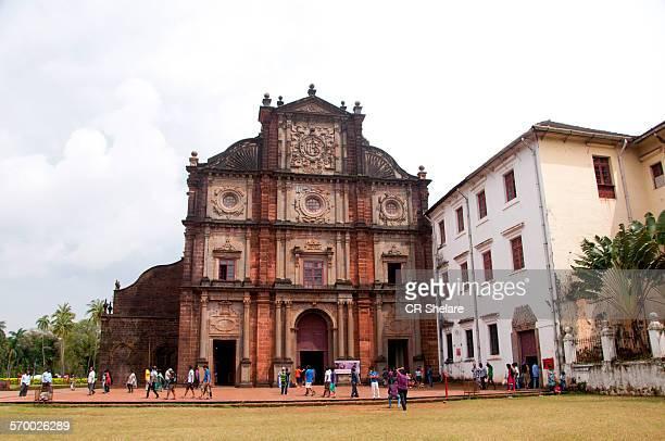 bom jesus basillica, world heritage site, goa - basilica stock pictures, royalty-free photos & images
