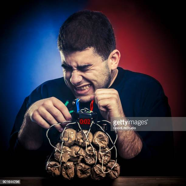 bomb defusing - time bomb stock photos and pictures