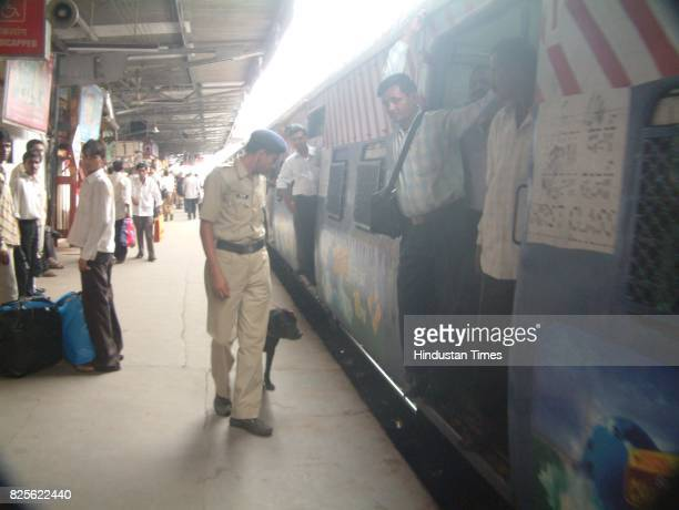 Bomb Threat Railway Police with Bomb Dog ssuad at Kandivali railway station after an unidentified caller said that Kandivali and Santacruz railway...