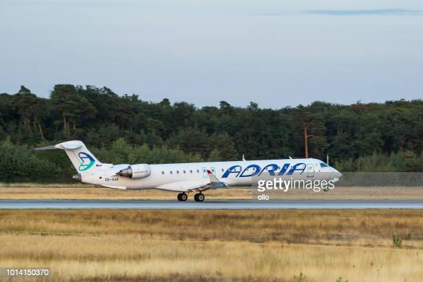 Bombardier CRJ-900LR von Adria Airways nimmt ab