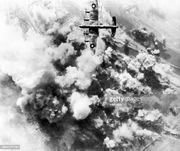 RAF Bomber attack Bremen oil refinery The Bremen oil refinery during the attack by Avro Lancaster aircraft 21st March 1945