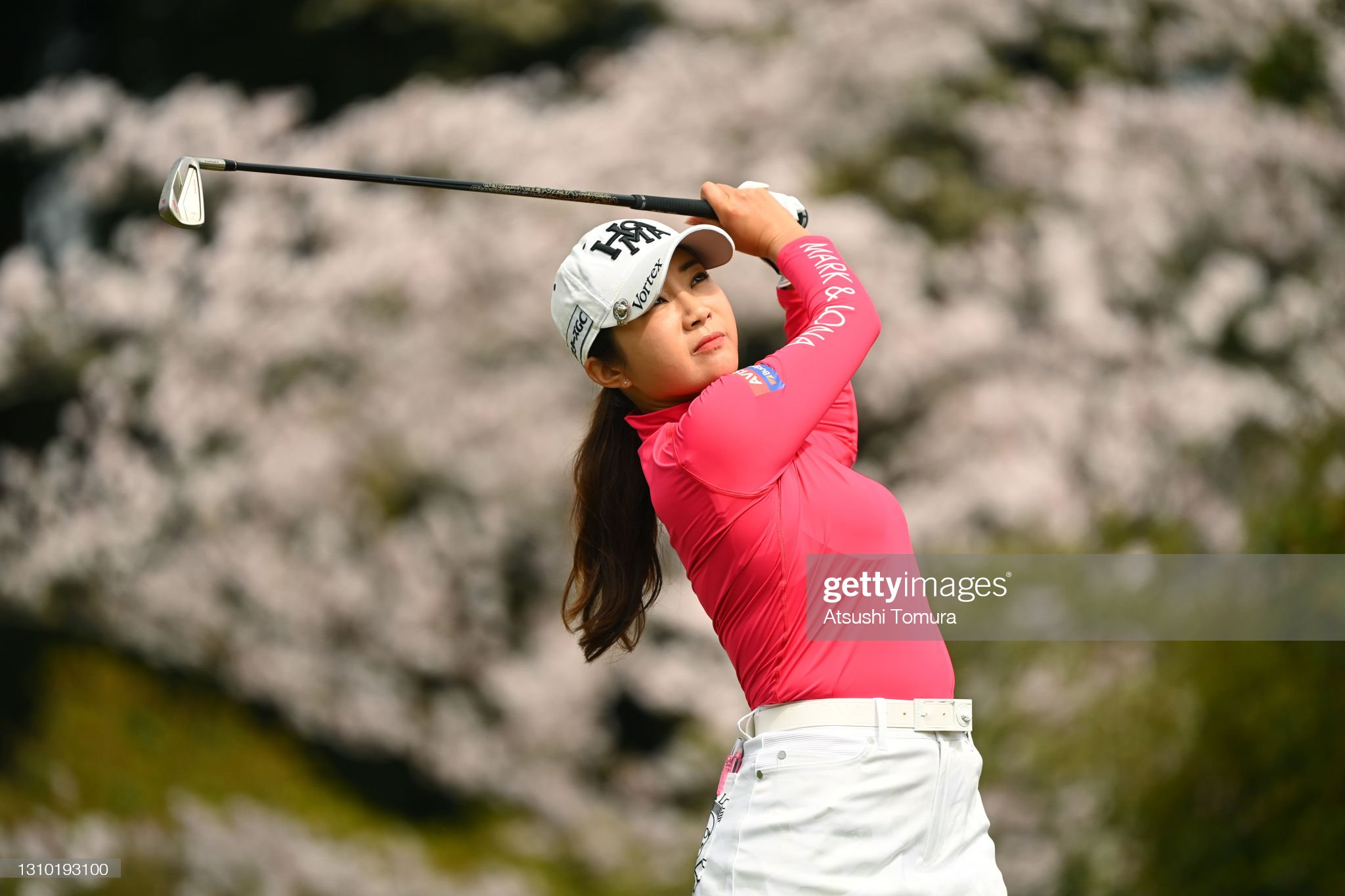 https://media.gettyimages.com/photos/bomee-lee-of-south-korea-hits-her-tee-shot-on-the-17th-hole-during-picture-id1310193100?s=2048x2048