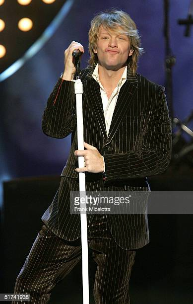 Bon Jovi performs on stage during the 32nd Annual American Music Awards at the Shrine Auditorium November 14 2004 in Los Angeles California