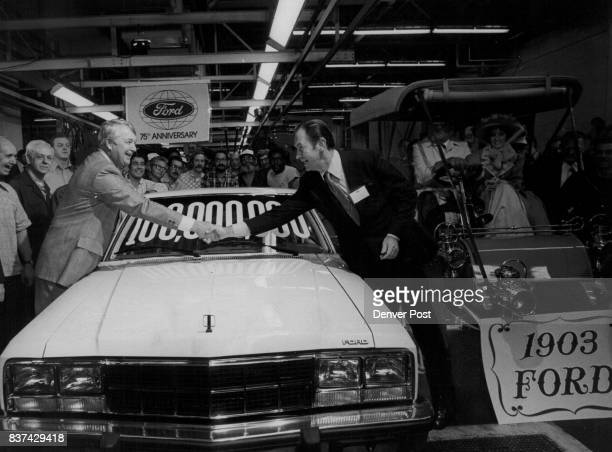 DEC 10 1977 DEC 12 1977 'Bon Voyage' For CoastToCoast Trip William O Bourke right executive vice presi Ford Motor Co wishes 'bon voyage' to Walter S...