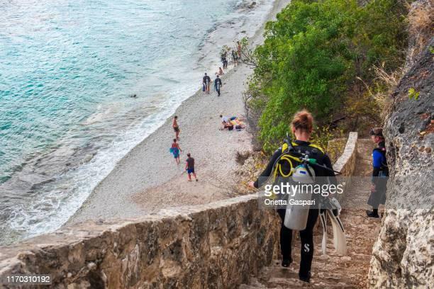 ボネール、1000ステップダイビングサイトとビーチ - ボネール島 ストックフォトと画像