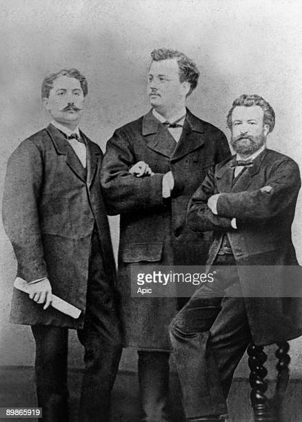 Bonaparte affair Victoir Noir journalist killed on january 10 1870 by prince Pierre Bonaparte here with Pascal Grousset and Fonvielle