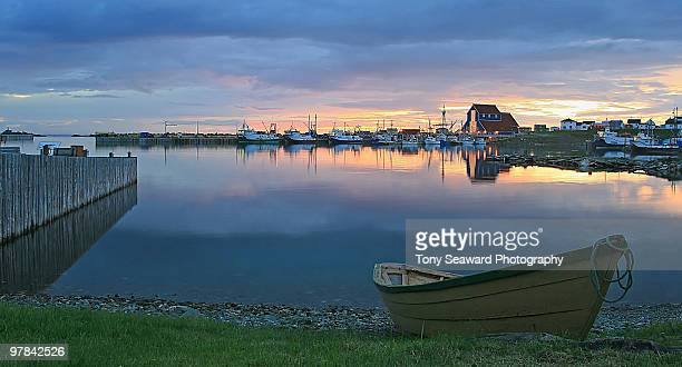 bonavista harbour at sunset - newfoundland and labrador stock pictures, royalty-free photos & images