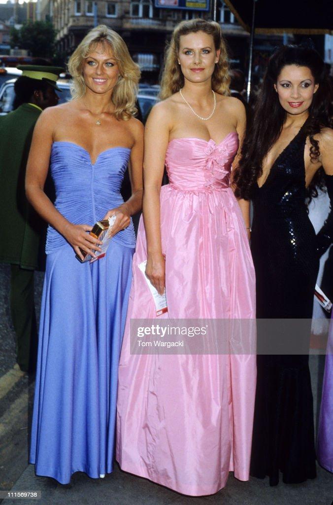 Asombroso James Bond Party Dresses Embellecimiento - Colección del ...