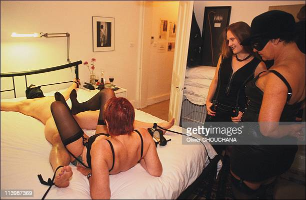 Bondage school in Sydney Australia In 2005Human 'teaching tool' slave Robert from New Zeland gets lucky in Mistress J's bedroom during a genital...