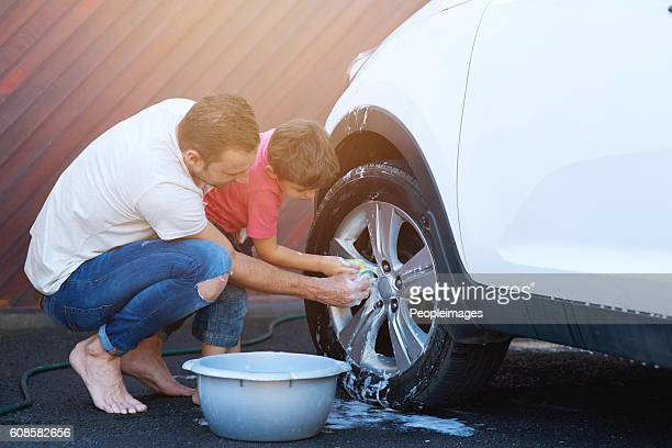 Bonding over their carwash days