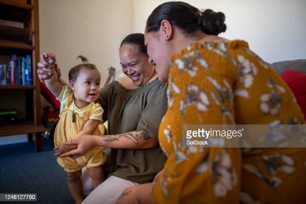 母と祖母との絆 - オーストラレーシア ストックフォトと画像