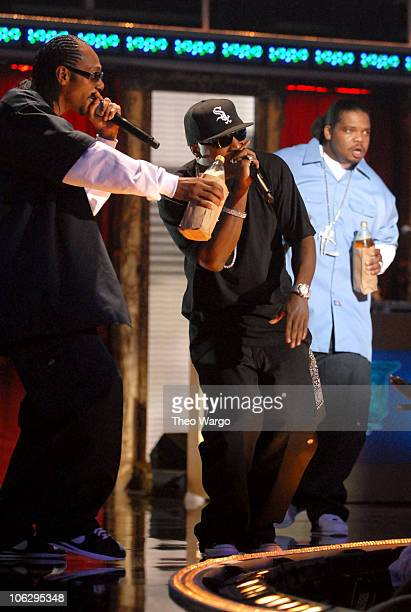 Bone ThugsNHarmony performing Cross Roads during 2006 VH1 Hip Hop Honors Show at Hammerstein Ballroom in New York City New York United States