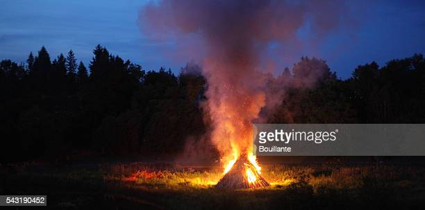 bonfire - national holiday stock pictures, royalty-free photos & images