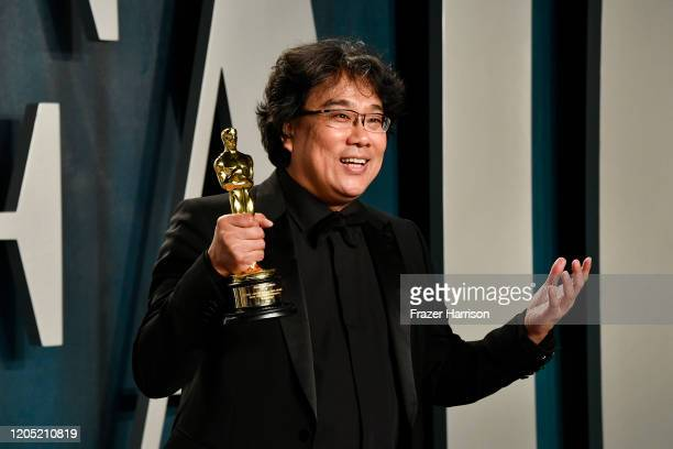 Bong Joonho attends the 2020 Vanity Fair Oscar Party hosted by Radhika Jones at Wallis Annenberg Center for the Performing Arts on February 09 2020...