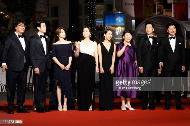 Bong JoonHo Choi Woosik Park SoDam Cho YeoJeong Lee JungEun Lee SunKyun and KangHo Song at the premier red carpet for Parasite during the 72nd Cannes...