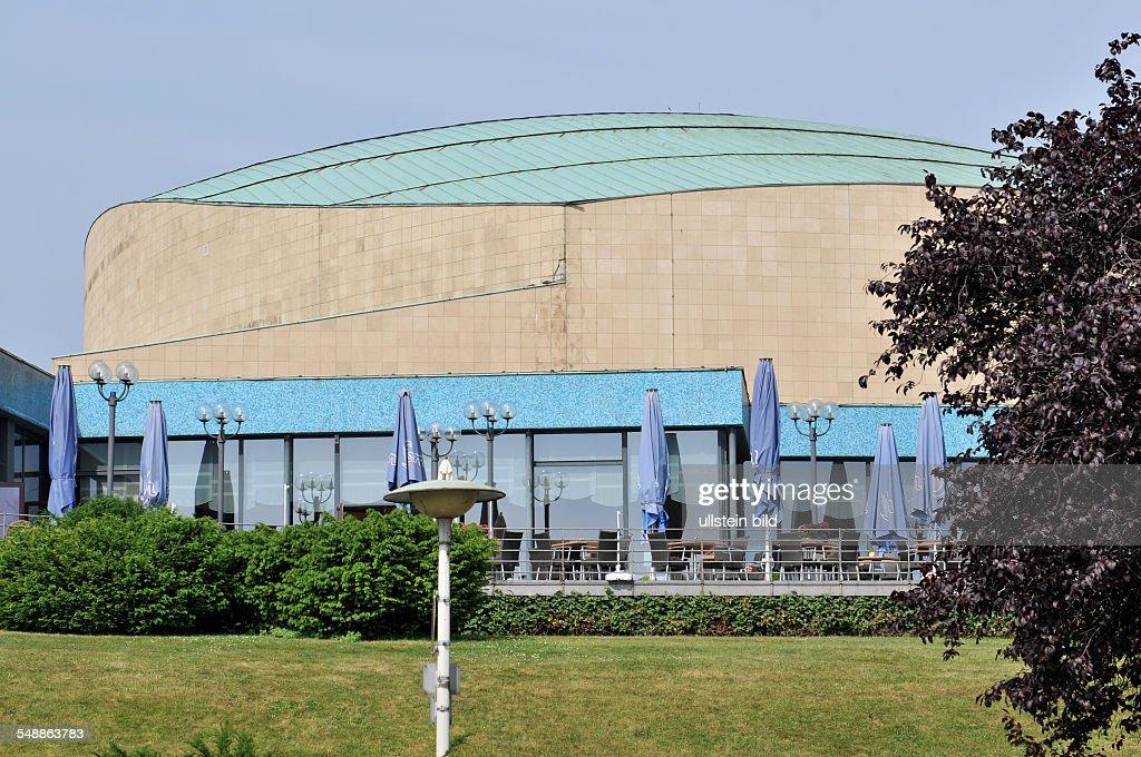 Bonn 20.05.2011: Beethovenhalle Halle Musikhalle Musiksaal Veranstaltungshalle Ansicht außen Außenansicht Gebäude : News Photo