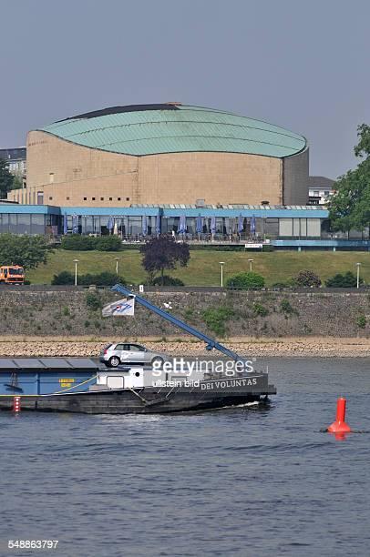 Beethovenhalle Halle Musikhalle Musiksaal Veranstaltungshalle Ansicht außen Außenansicht Gebäude Rhein Fluß Schiff Frachter Frachtschiff